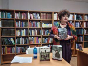 «НЕСКОРЕНІ: вони були першими» – зустріч до Дня Добровольця із журналістом, автором-упорядником серії книжок «Вогонь запеклих не пече» у Центральній бібліотеці Солом'янки